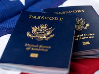 Услуги по оформлению документов на визу в США.